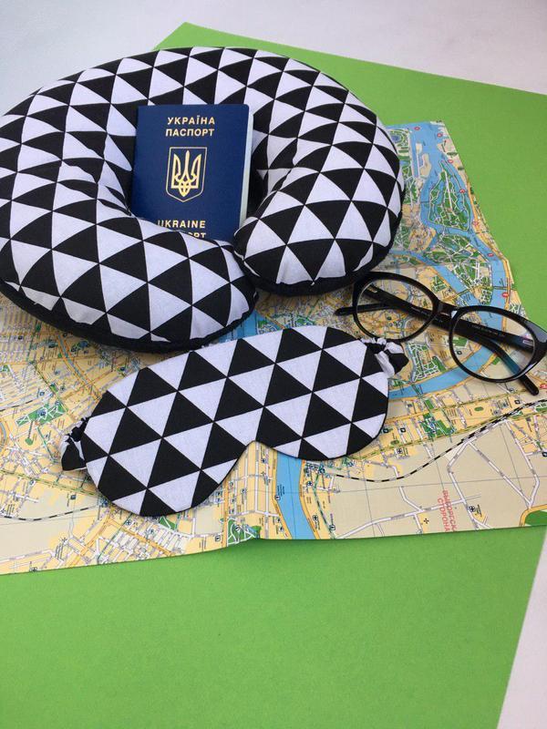 Дорожная подушка - геометрия, подушка для путешествий - абстракция, подушка для шеи киев