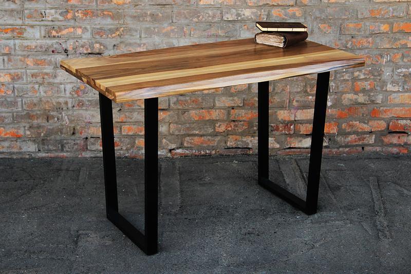 Качественный лакированный обеденный кофейный чайный стол с металлическими ногами под заказ из дерева