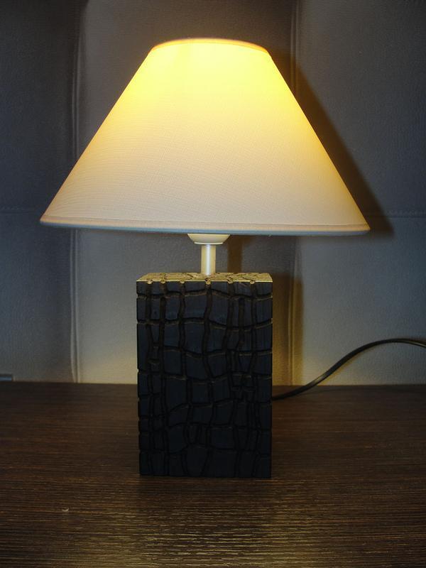 Настільний(підлоговий) світильник