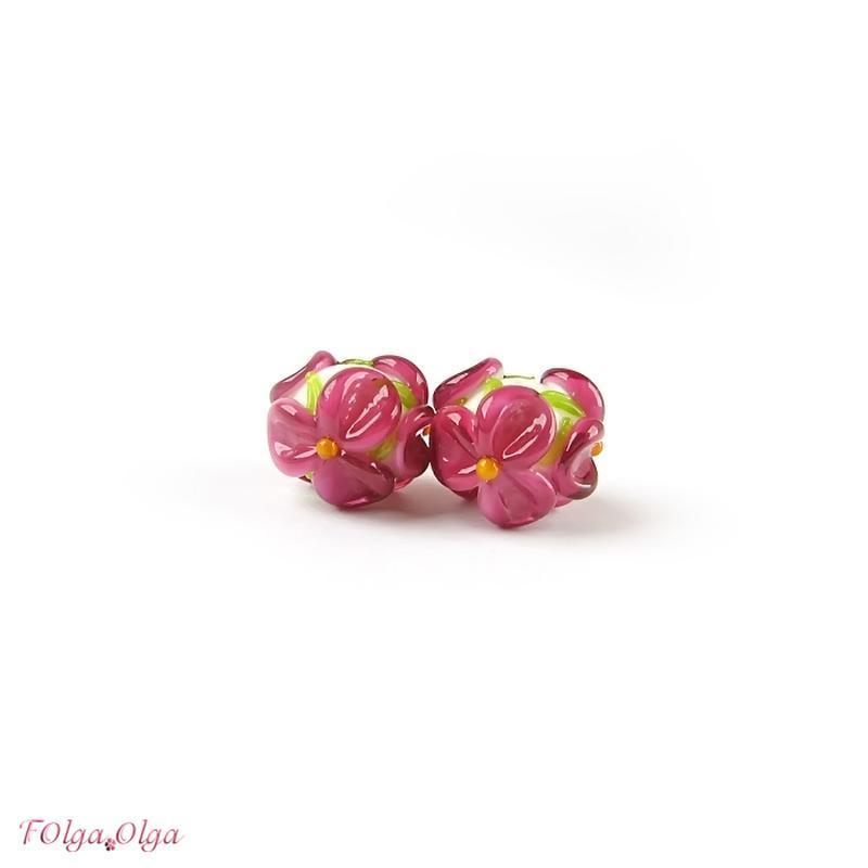 резерв - рожеві Квіти на білому (намистини лемпворк пара)