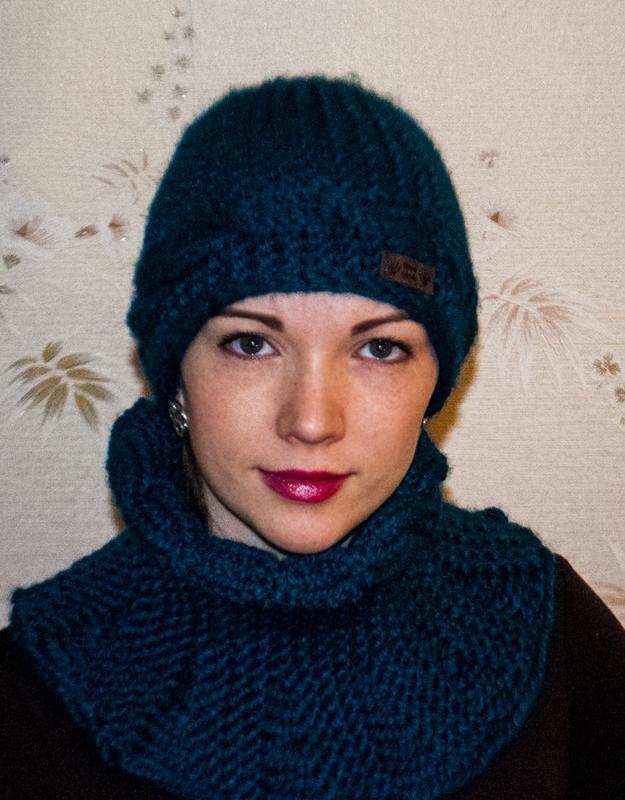 Шапка і шарф ручної роботи