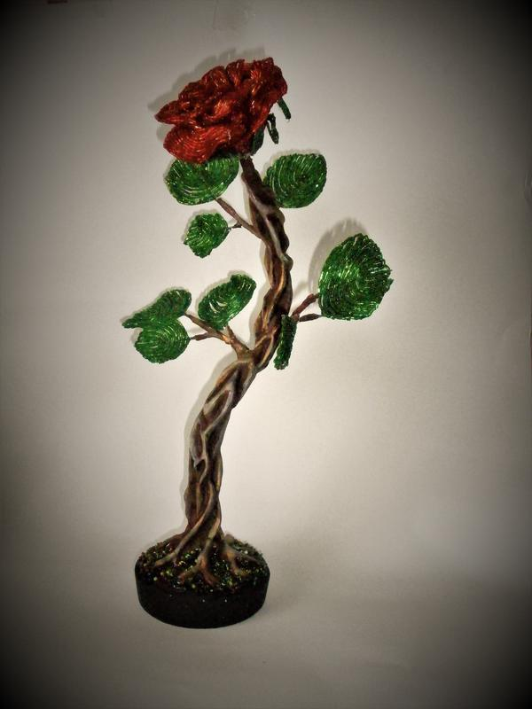 Троянда з бісеру