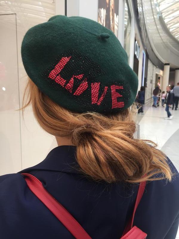 """Фетровый берет """"Love"""""""