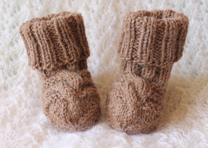 Бежевые носочки из альпаки