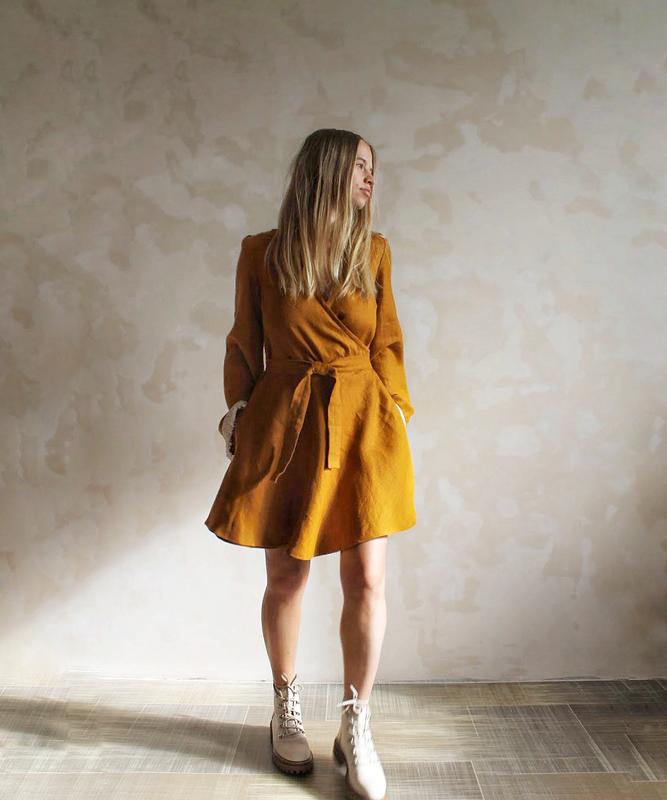 Льняное бохо платье на запах с длинным рукавом, V-образный вырез