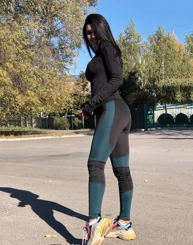 фитнес костюм