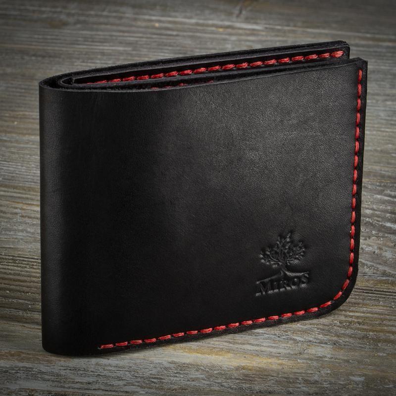 Черный мужской кожаный кошелек