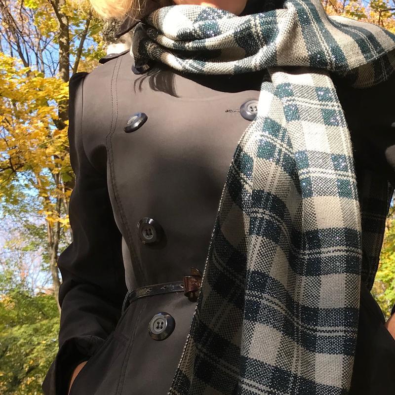 Тканый шарф темный изумруд и серебристо-серый в клетку