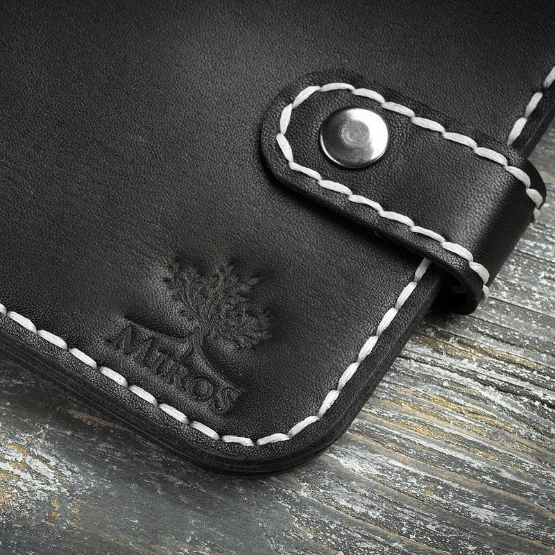 Чорний шкіряний чоловічий гаманець