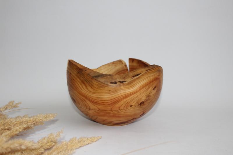 Декоративна ваза з дерева, фруктовниця