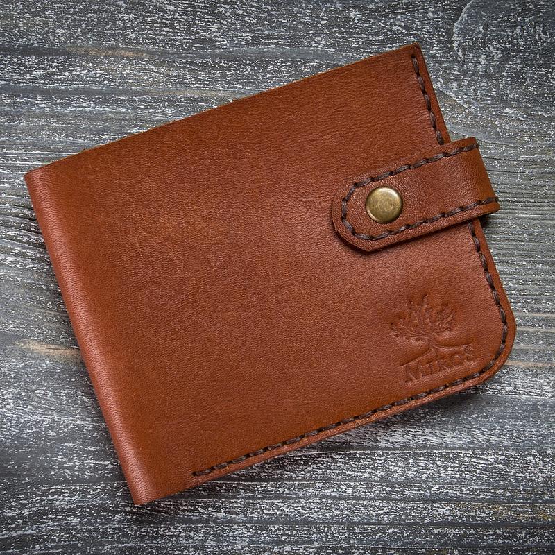 Коричневий шкіряний чоловічий гаманець