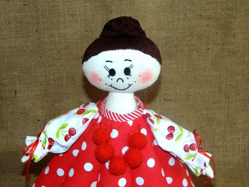 Интерьерная кукла ИРИНКА - баба-грелка для чайника