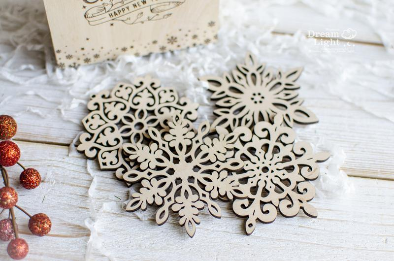 Новрічний набор из 12 сказочных снежинок
