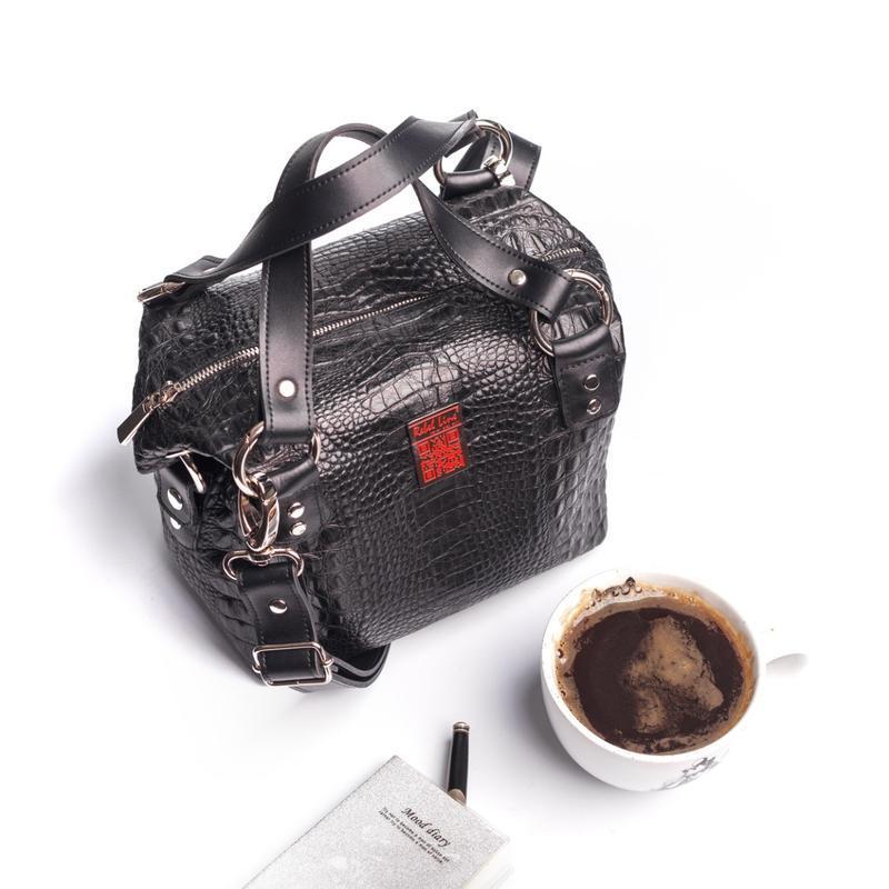 Кожаная сумка «крокодил» черная 0105
