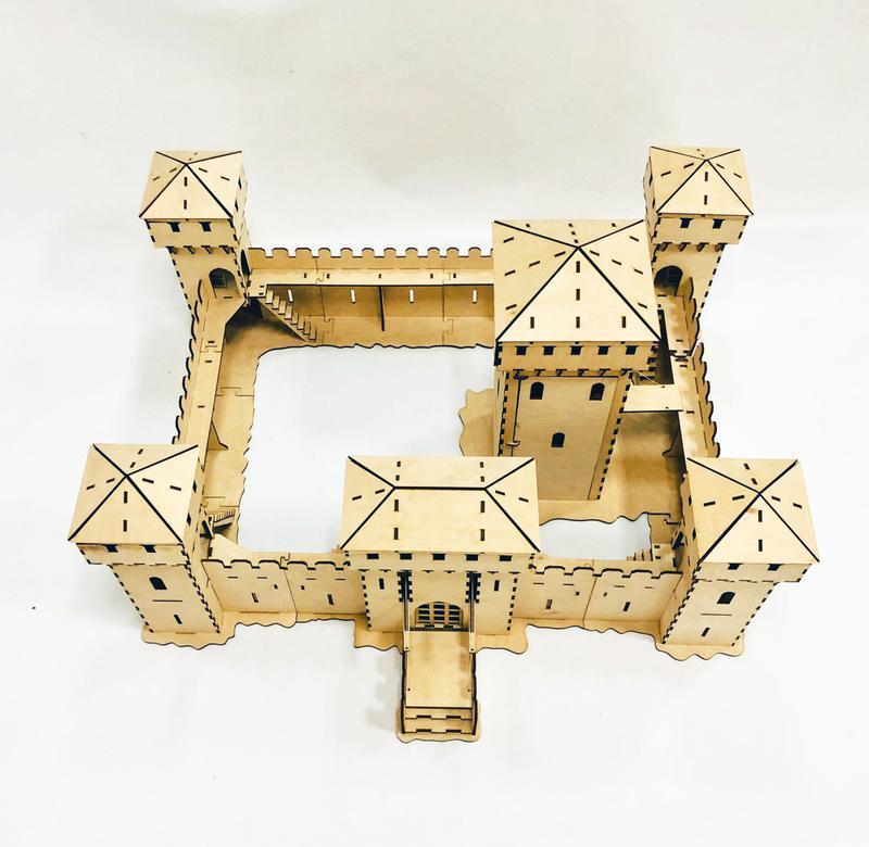 Замок - конструктор.