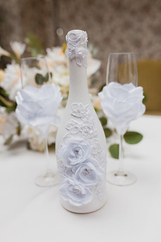 Свадебный декор шампанского  Silk Flowers белый