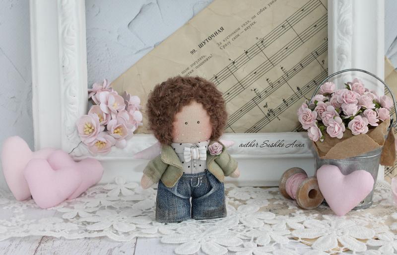 Кукла, ангел мальчик.