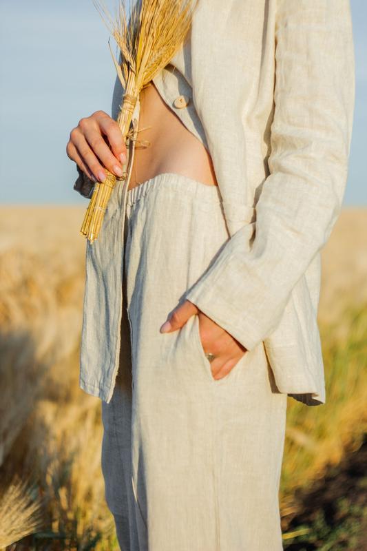 Льяной костюм , костюм из льна , брючный костюм , двубортный пиджак
