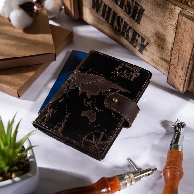 """Кожаное портмоне для паспорта/ІD документов HiArt Shabby Gavana Brown """"7 wonders of the wonder''"""