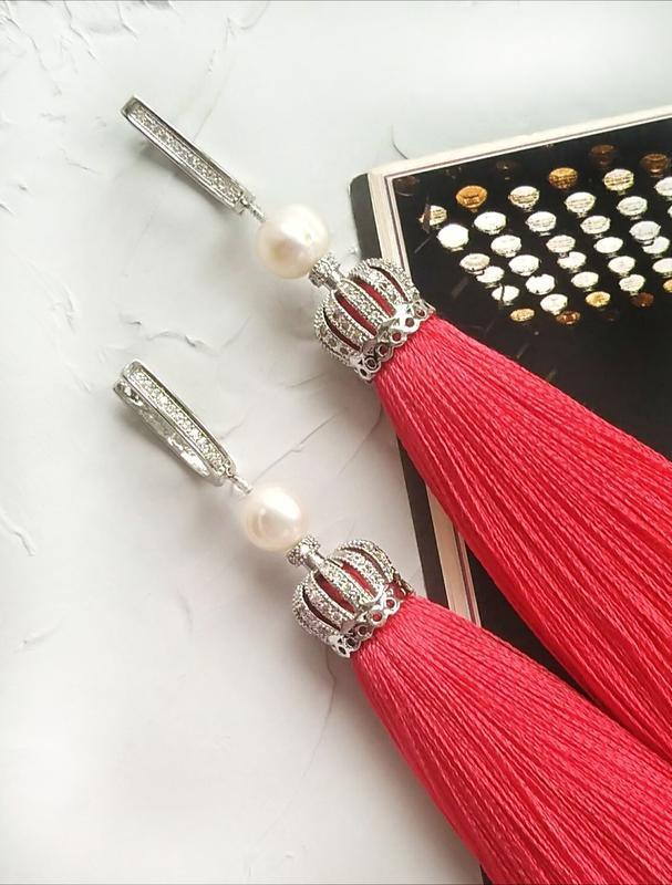 Серьги кисточки, длинные серьги, красные кисточки