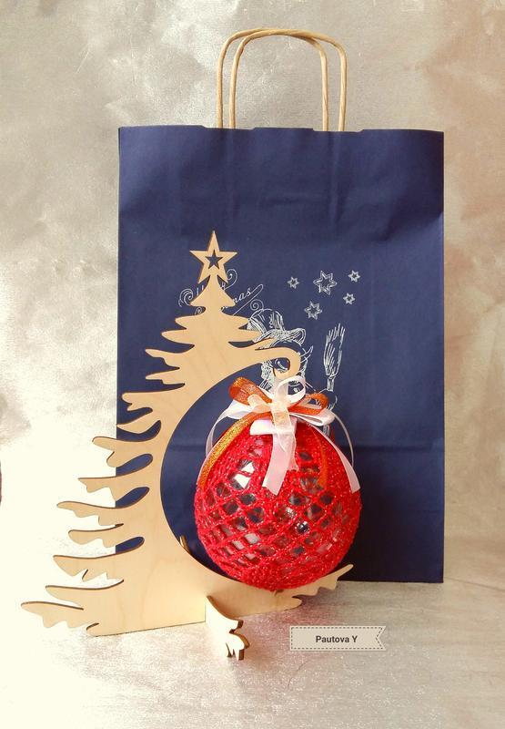 """Новогодние шары на деревянной подставке """"Елка"""""""