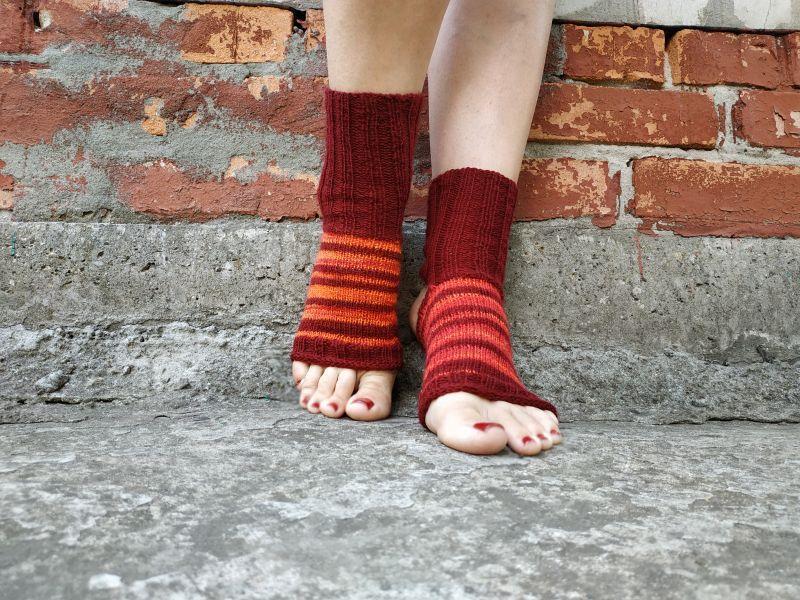Носки вязаные для йоги и танцев