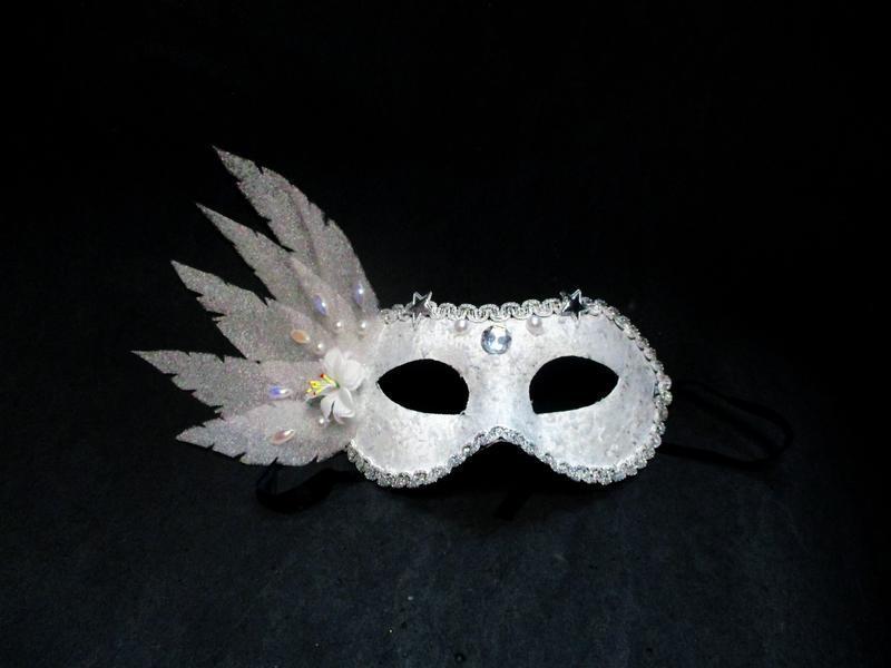 Карнавальная маска снежной королевы снегурочки снежинки