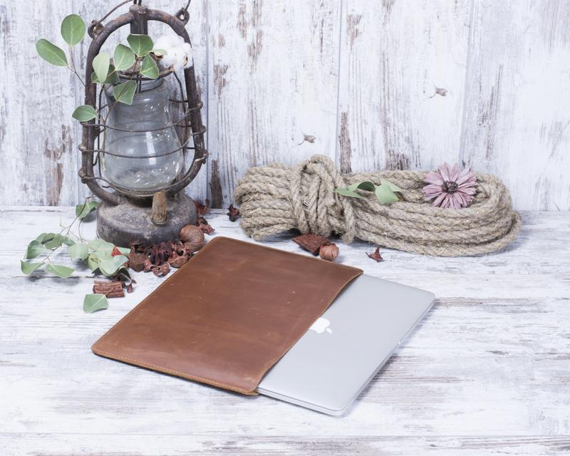 Кожаный чехол для Macbook