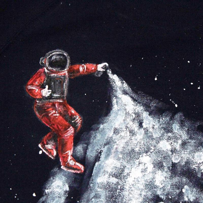 Теплый свитшот с рисунком ′Космос′