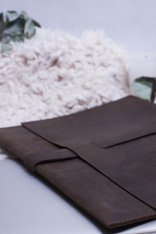 Кожаный чехол для Macbook коричневый