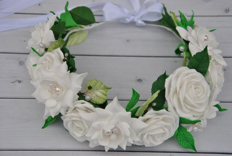 Венок с белыми цветами для девочки на причастие Свадебный венок в прическу