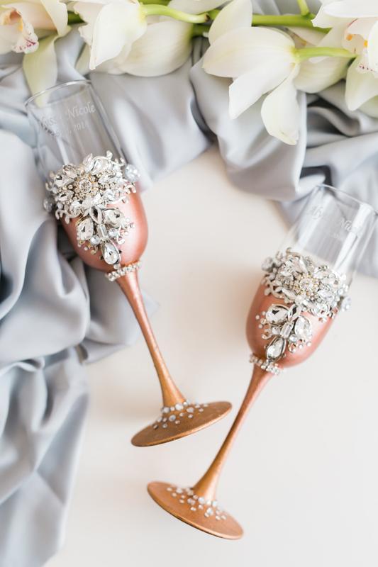 Свадебные бокалы Бриллиантовый блеск. Бокалы розовое золото со стразами 2 шт