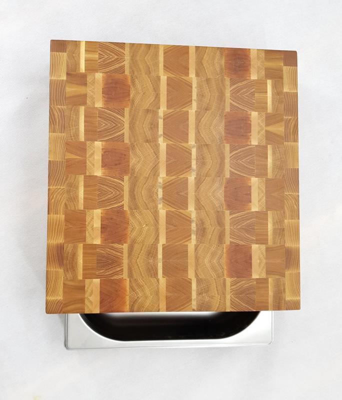 Центр для нарезки, столик из торцевих спилов твердых сортов древесины с гастроемкостью 2/3, средний