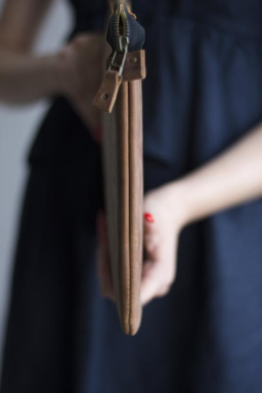 Кожаный чехол для Macbook на молнии