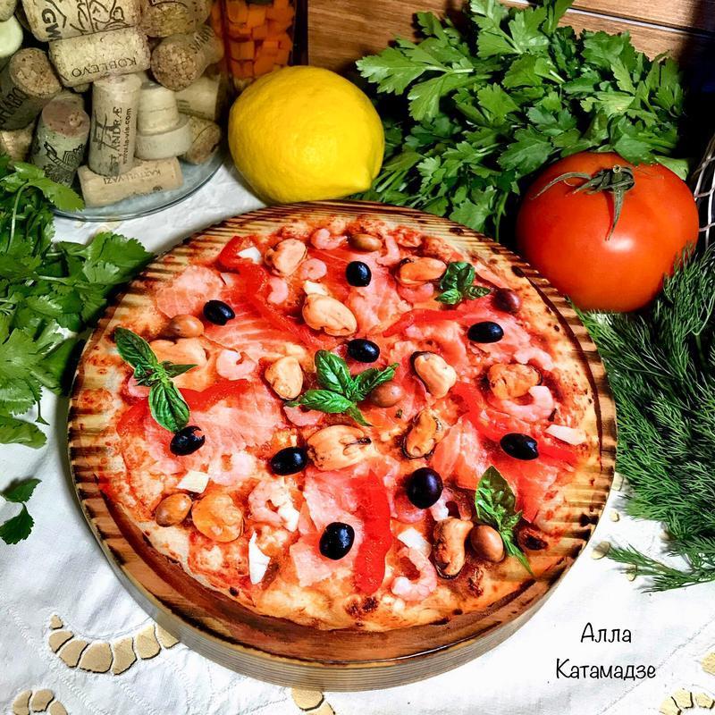 Кухонная доска «Пицца с морепродуктами»