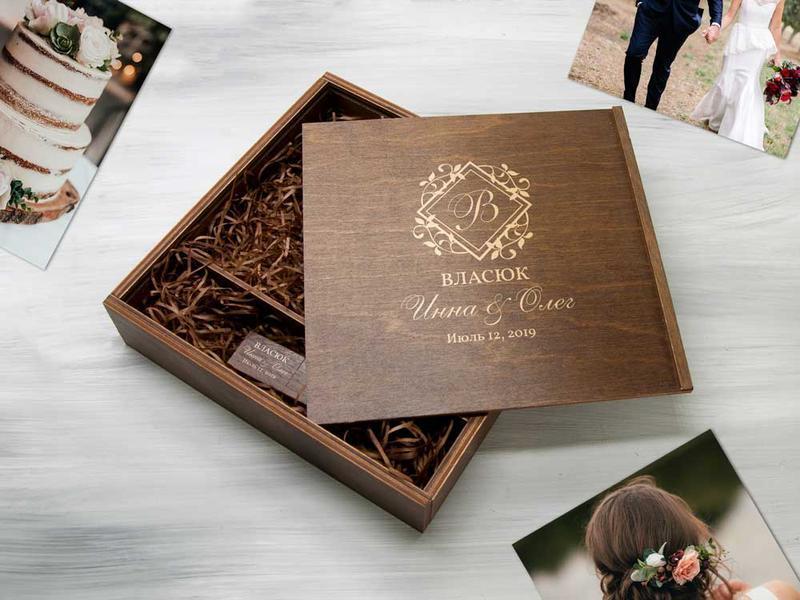 Деревянная коробочка для фото и флешки с гравировкой