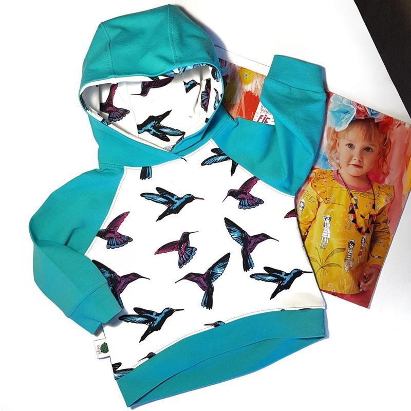 Крутой свитер для девочки