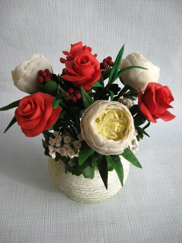 """Интерьерная композиция """"Букет пионов и роз"""" из холодного фарфора"""