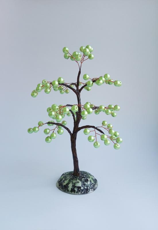 Дерево из бусин