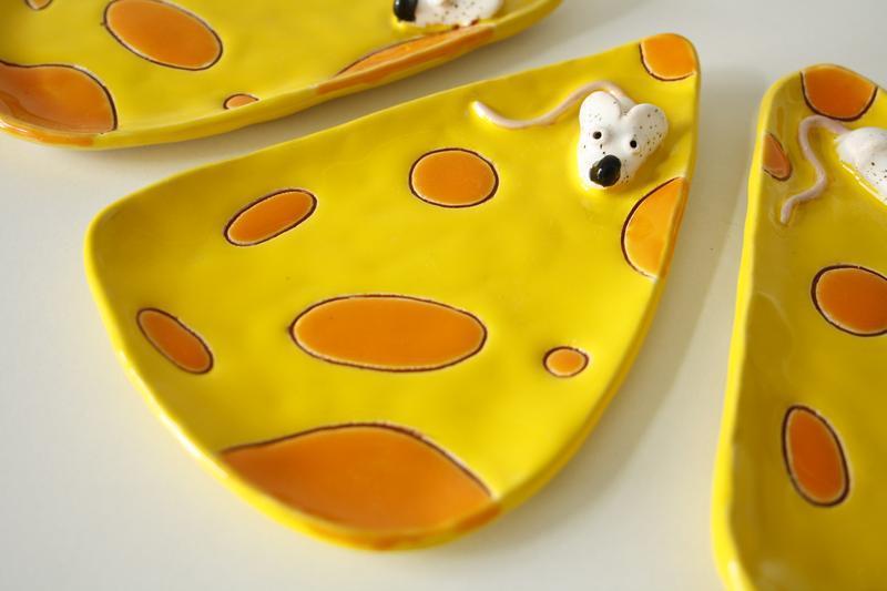 Блюдце сырница желтая с мышкой