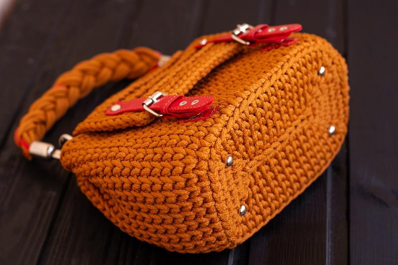 Женска сумка из шнура