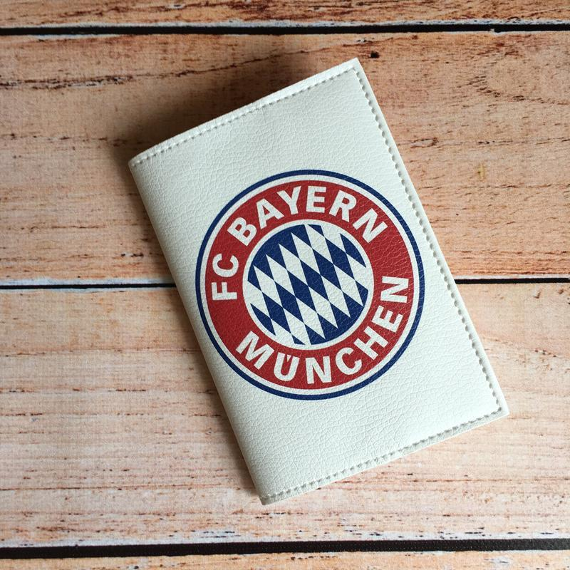 Обложка на паспорт для фанатов ФК Бавария
