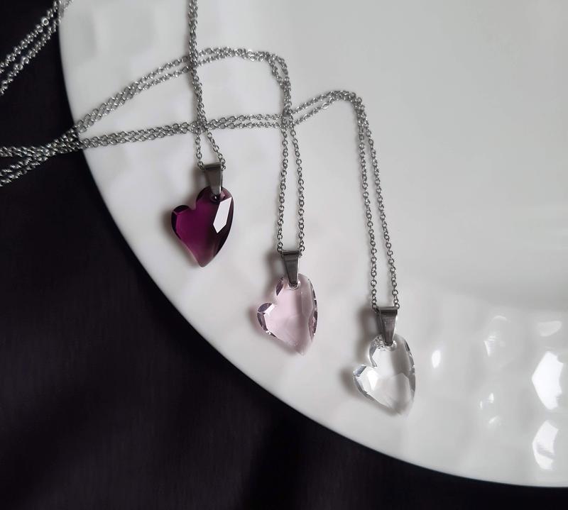 Нежная женственная подвеска с сердцем. Подарок девушке на 14 февраля, 8 марта, День рождения.
