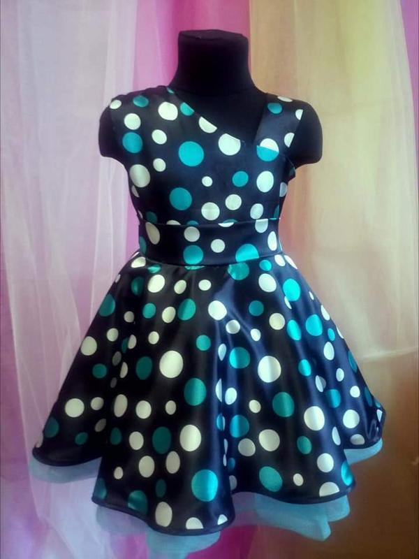 Платье для девочки нарядное