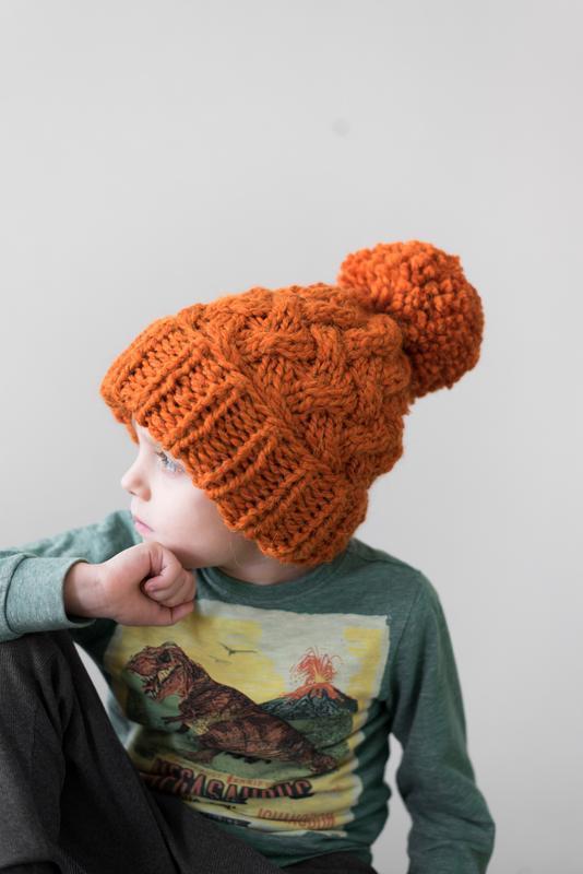 Детская вязаная шапка из альпаки