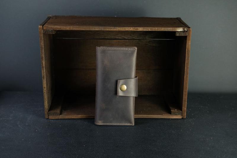 Кожаный кошелек Berty 18см, кожа Crazy Horse, цвет Шоколад