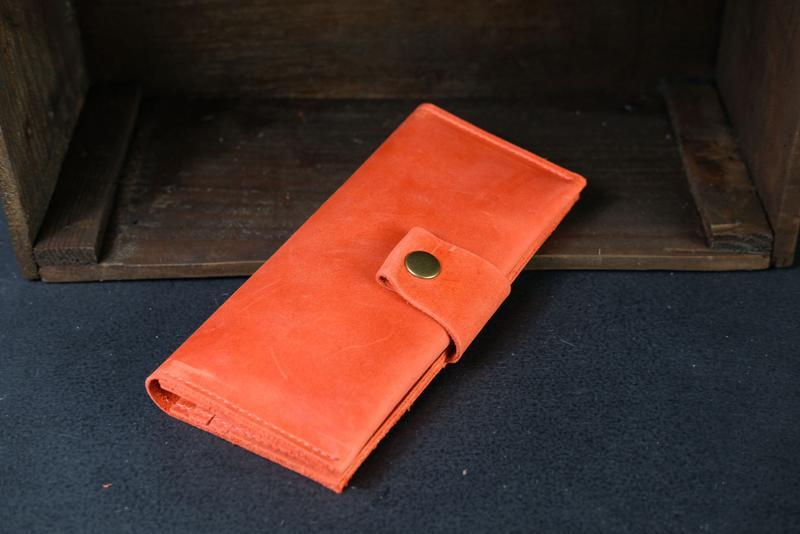 Кожаный кошелек Berty 20см, кожа Crazy Horse, цвет Красный