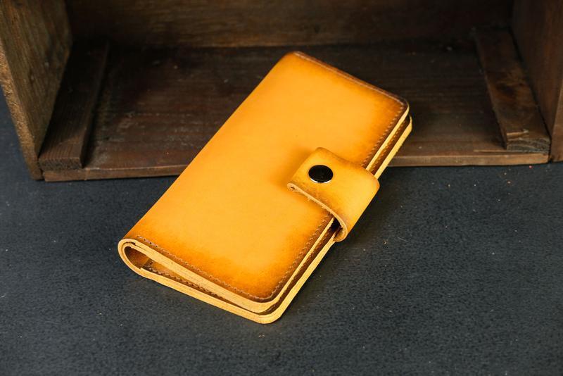 Кожаный кошелек Нова, кожа итальянский краст, цвет Янтарь