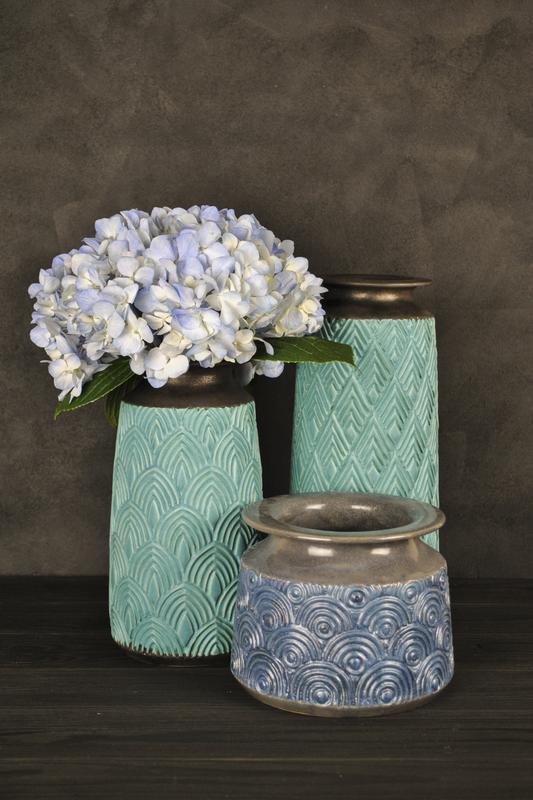 Керамическая ваза для цветов