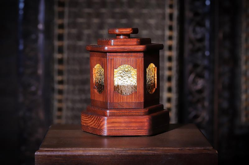 """Светильник - ночник из дерева """"Беседка"""""""